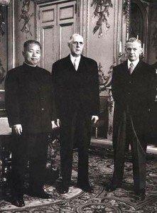 Le dernier rêve de de Gaulle, la Chine ! dans De Gaulle et la Chine de-agiulle-221x300